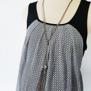 Black and White Patterned Maternity Tank Blouse